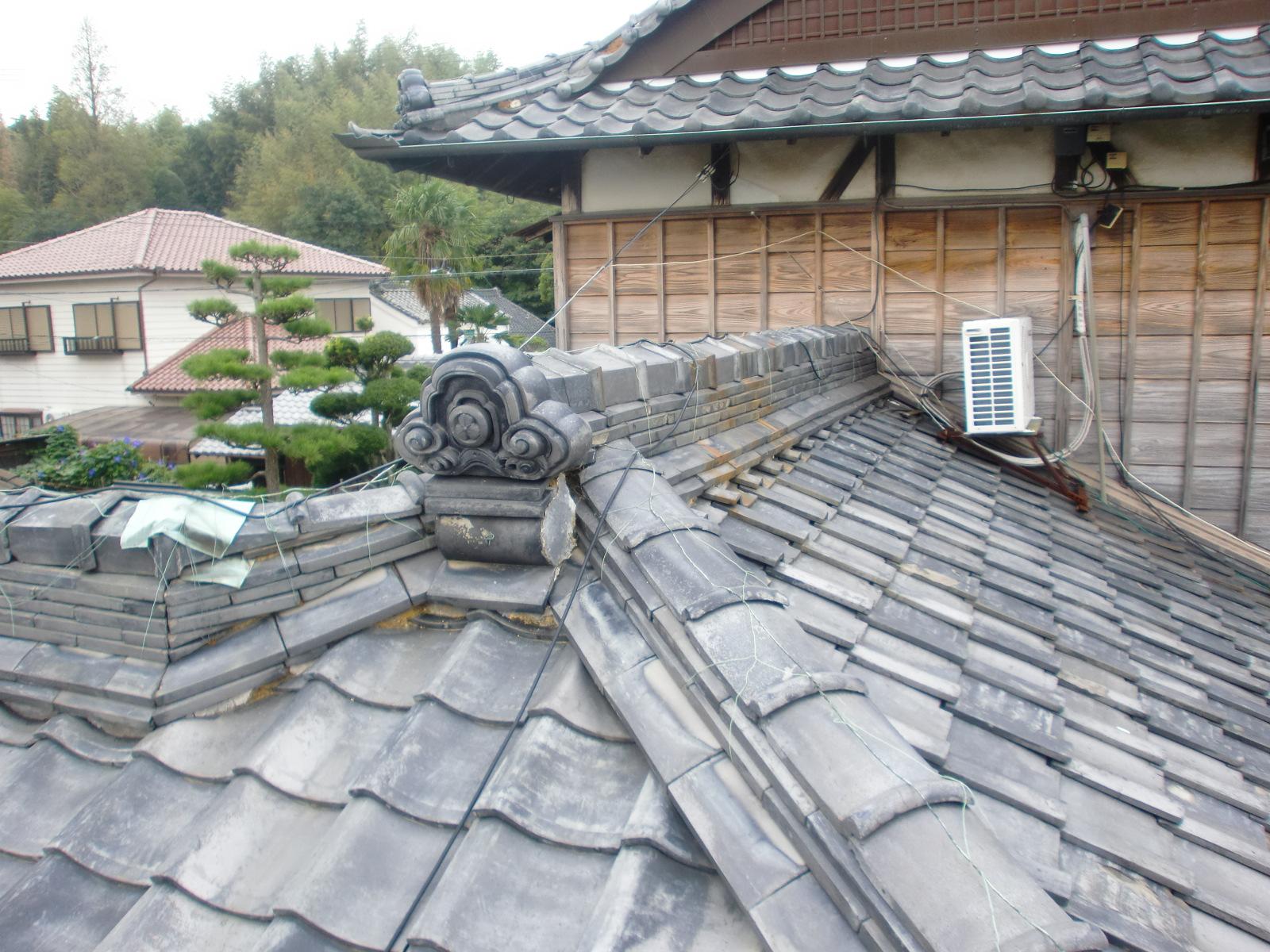 日本瓦の葺き替え工事