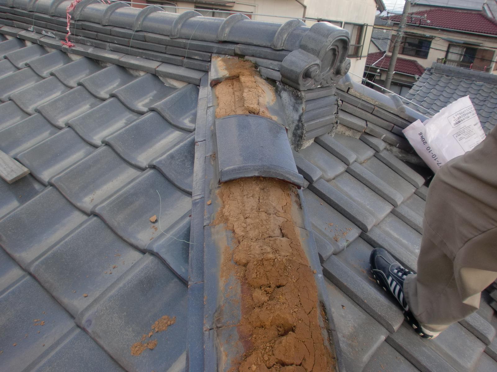 棟瓦積み直し工事