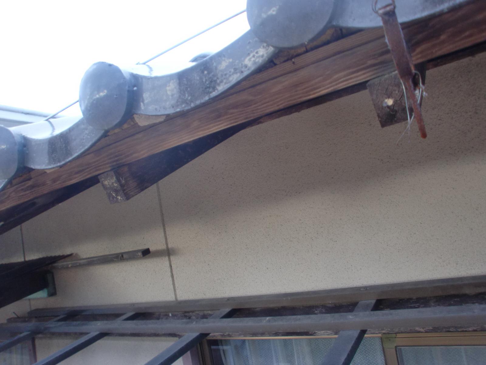 軒先鉄板面戸取付・樋掛け替え工事
