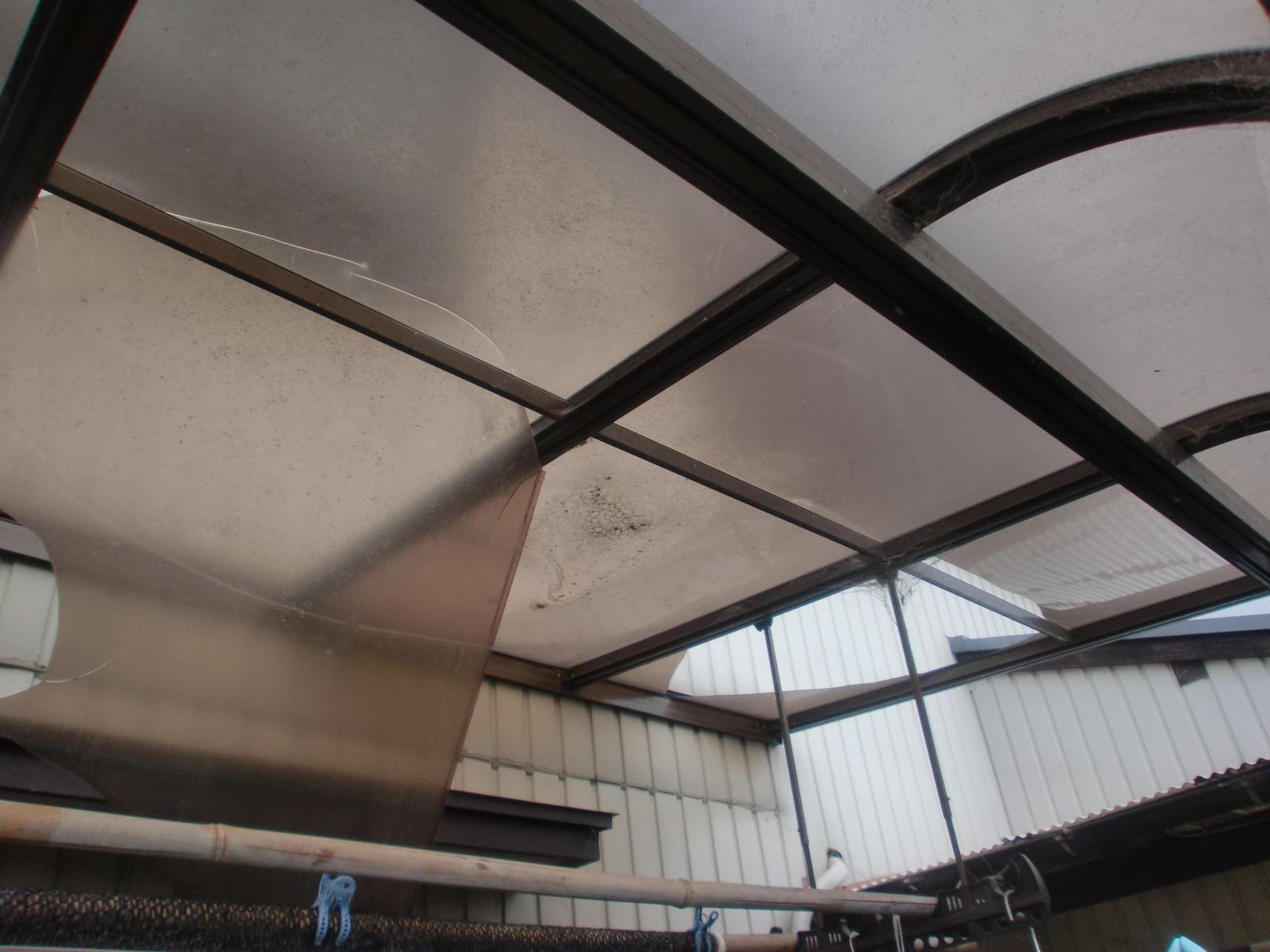 鈴鹿市でテラス屋根修理