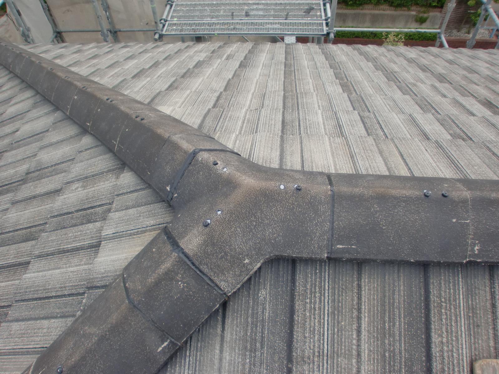 鈴鹿市でセメント瓦の修理