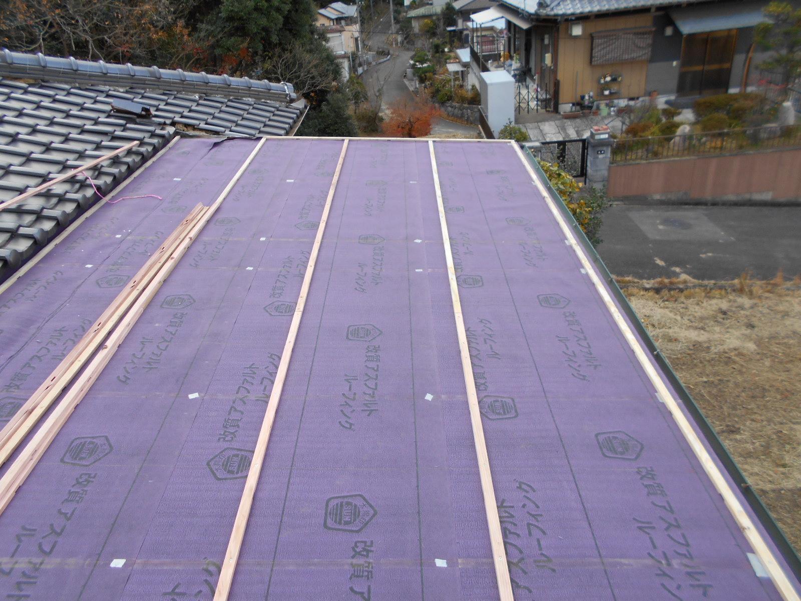 津市白山町で屋根の葺き替え修理