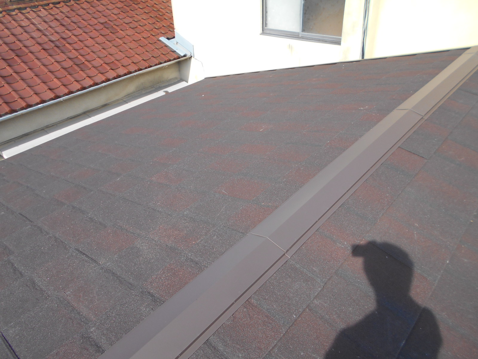 津市で屋根葺き替え工事(カバー工法)