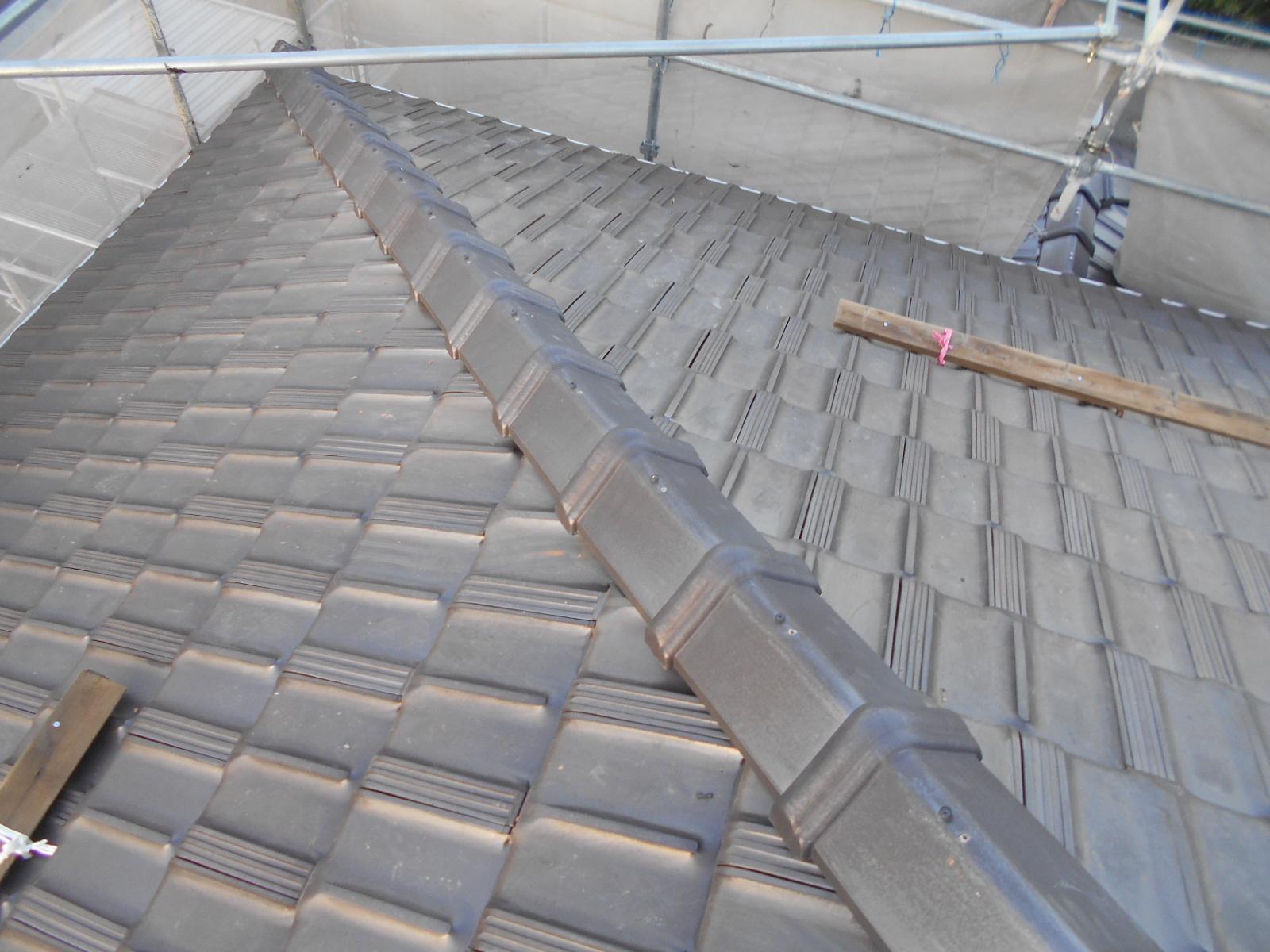 松阪市で屋根修理・棟瓦部分