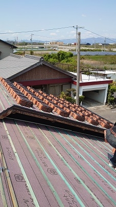 鈴鹿市で屋根葺き替え工事