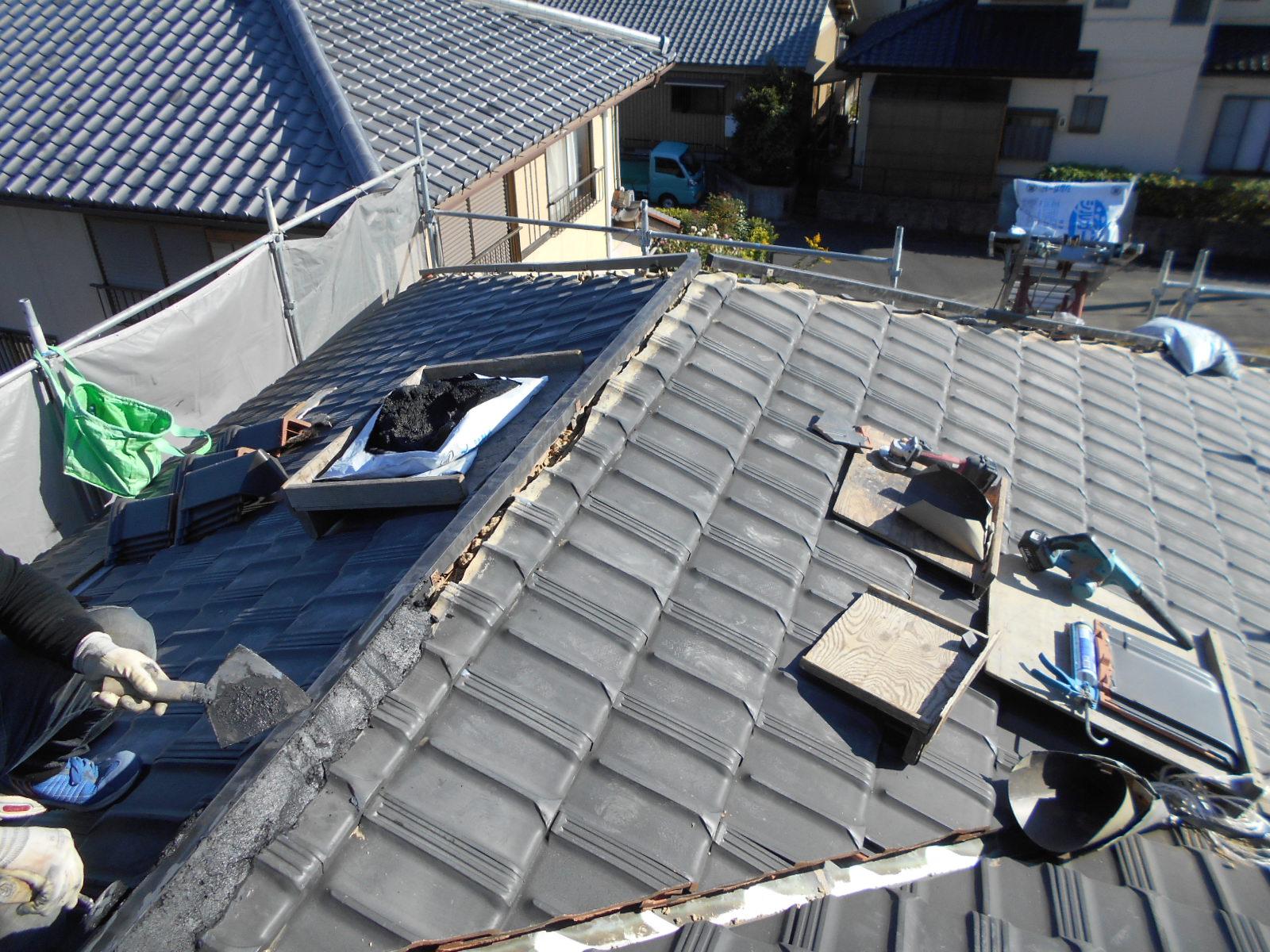松阪市嬉野中川町で屋根修理